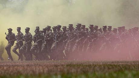 Soldados del Ejército colombiano en territorios que anteriormente eran controlados por las FARC.