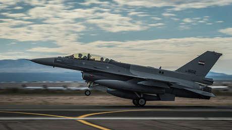 Un caza F-16D de la Fuerza Aérea de Irak.