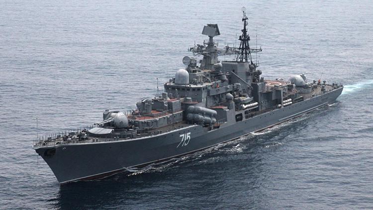 Destructor ruso de la Flota del Pacífico lanza varios misiles en mar abierto durante ejercicio naval