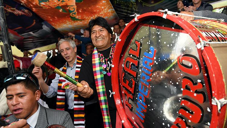 Evo Morales agradece a la banda mexicana Maná su respaldo al reclamo marítimo de Bolivia