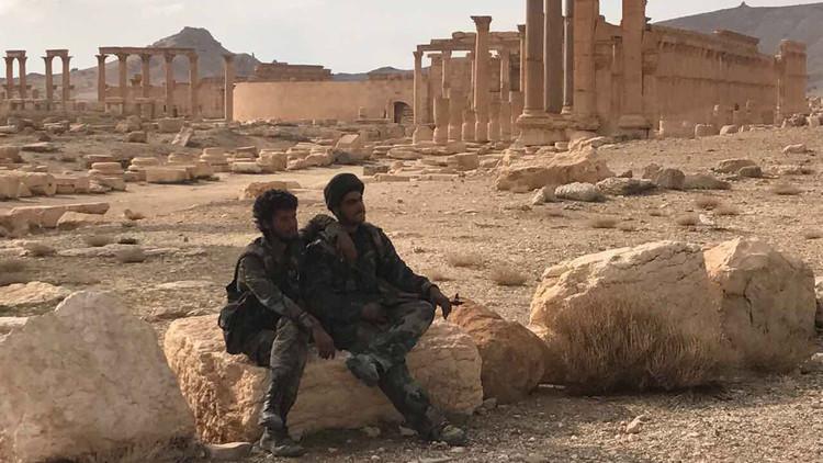 PRIMERAS FOTOS: El Ejército sirio entra en Palmira
