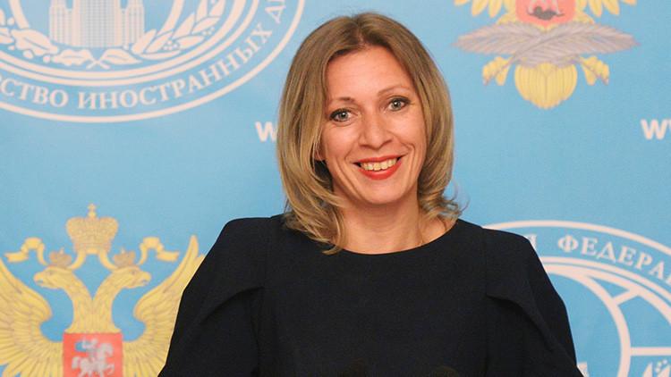 """""""¿Y si se entera la CNN?"""": Zajárova bromea con el embajador de EE.UU. sobre sus reuniones con rusos"""