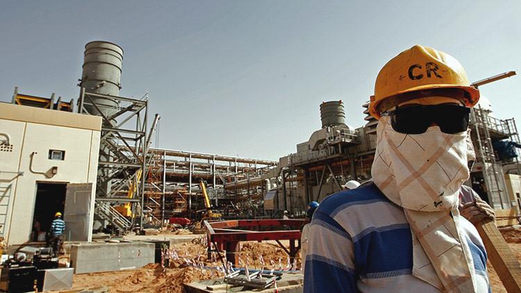 ¿Guerra de precios? Arabia Saudita baja el precio del crudo por sorpresa