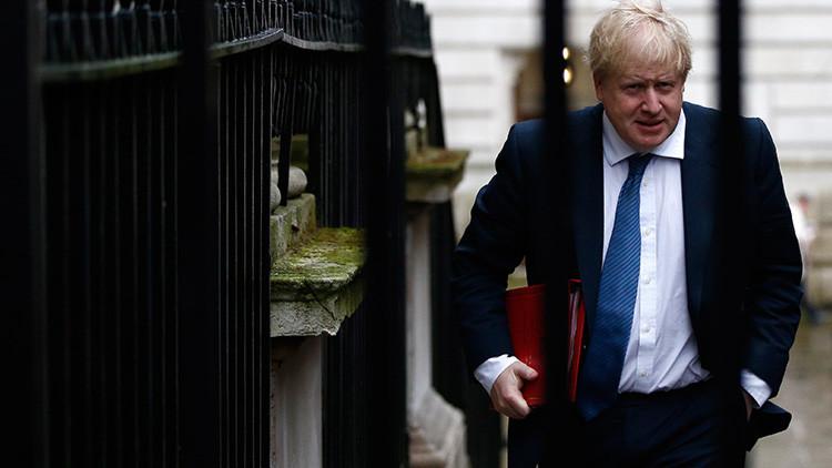 Ministro de Exteriores del Reino Unido viajará a Moscú para discutir las crisis en Siria y Ucrania