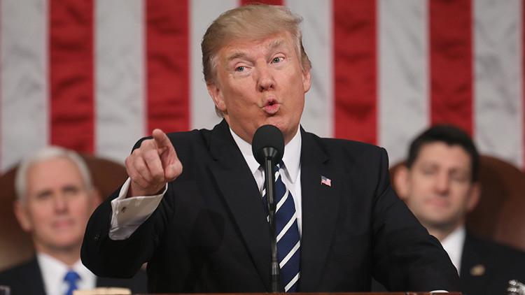 """Trump: """"Obama interceptaba mis comunicaciones antes de las elecciones"""""""