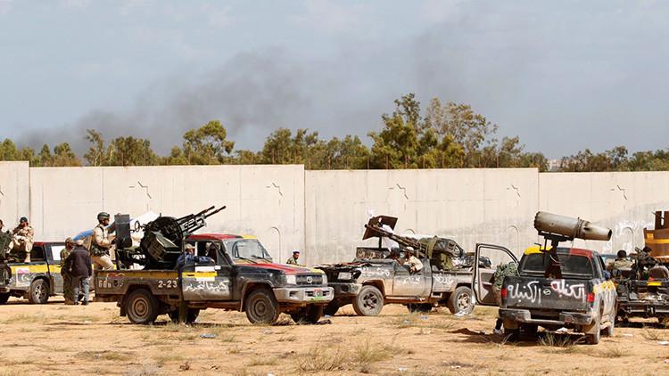 Agresión externa, injusticia, éxodo masivo y otros demonios que desmoronaron un sueño llamado Libia