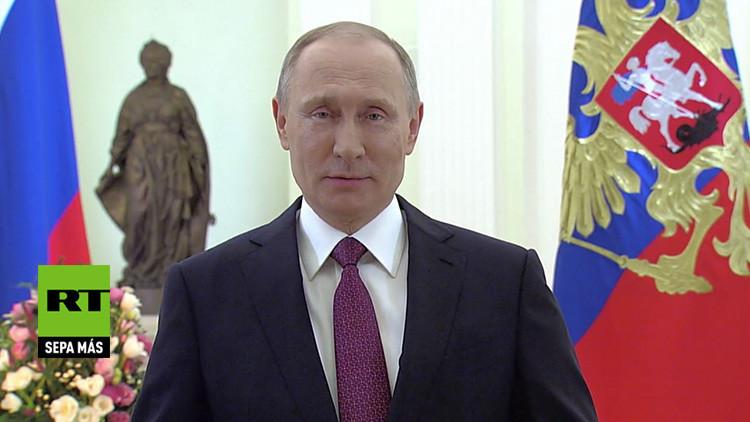 Emotiva felicitación de Putin por el Día Internacional de la Mujer