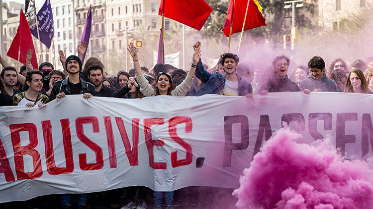 Manifestaciones en España contra la ley de educación y los recortes (VIDEOS)