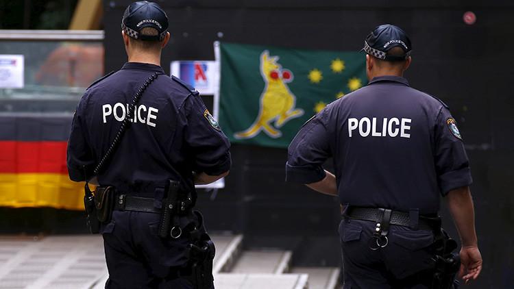 Acusan al 'Justin Bieber australiano' de haber cometido más de 900 delitos sexuales contra niños