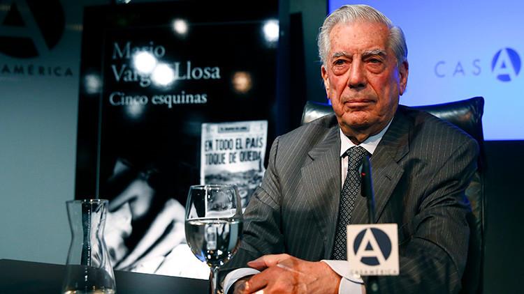 """Vargas Llosa compara las """"amenazas"""" de Podemos con ETA y Twitter explota"""