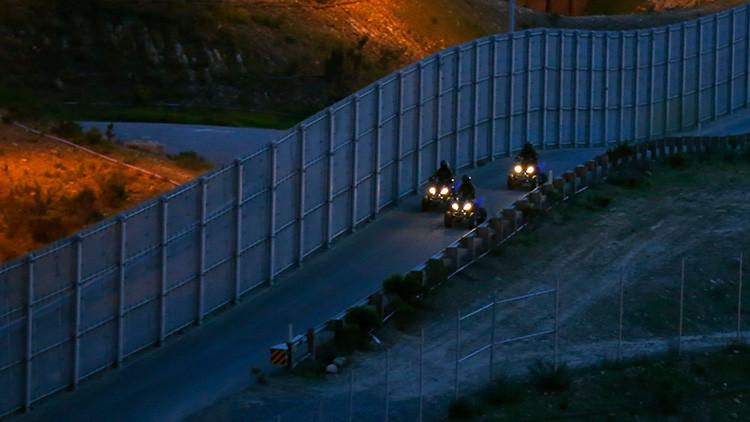 La 'pelea' por el muro: Más de 500 empresas ya compiten por el proyecto de Trump