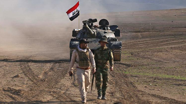 Hallan restos de 500 reos de una cárcel cerca de Mosul que controlaba el Estado Islámico