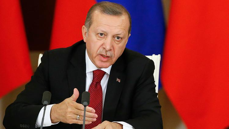 """""""Son nazis y fascistas"""": ¿Por qué Erdogan no se muerde la lengua ante Europa?"""