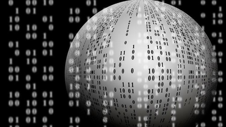 Los tres mayores peligros a los que se enfrenta Internet según el creador de la Web