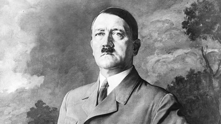 """""""Es una mierda"""": Italia exhibe por primera vez un cuadro pintado por Hitler (FOTO)"""