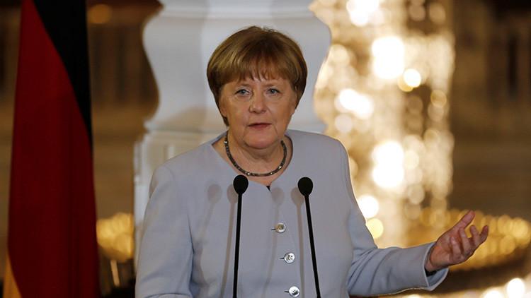 """Totalmente absurdo"": Merkel se pronuncia tras ser acusada por Erdogan de apoyar al terrorismo"