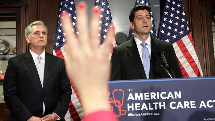 Abolido el 'Obamacare', EE.UU. dejará a 24 millones de personas sin cobertura médica