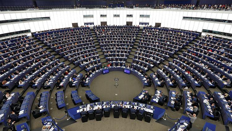 """El Parlamento Europeo sanciona al diputado que asegura que las mujeres son """"menos inteligentes"""""""