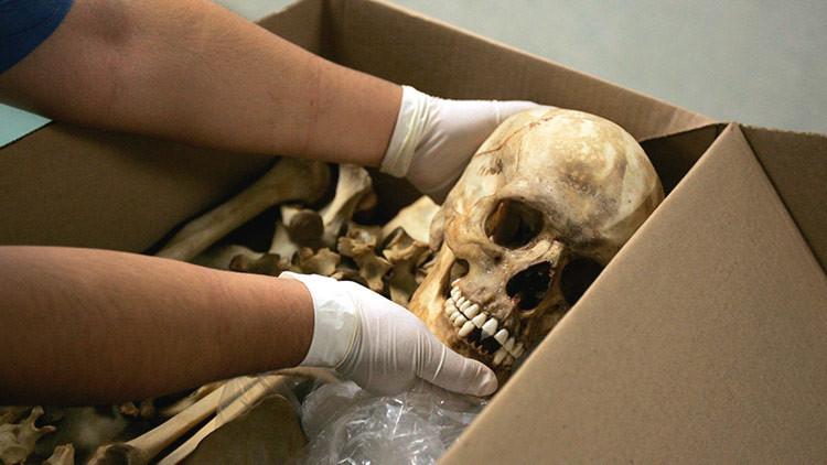 Hallan más de 250 cráneos en un cementerio de cárteles de la droga en México