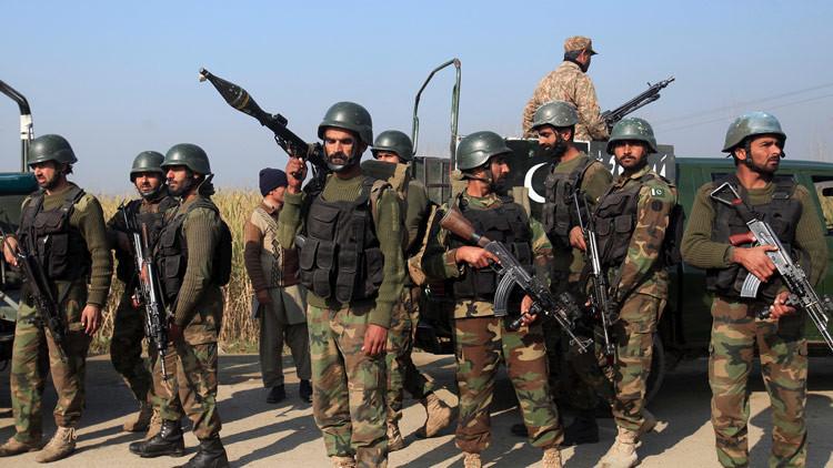 Fuerza de emergencia: Pakistán desplegará tropas en la frontera saudita con Yemen