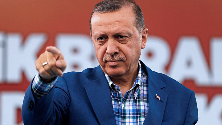 """Erdogan, a los Países Bajos: """"Los conocemos por la masacre de Srebrenica"""""""