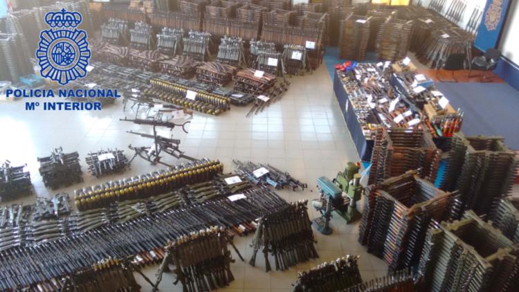 Más de 10.000 armas en el arsenal de guerra intervenido en España (VIDEO Y FOTOS)