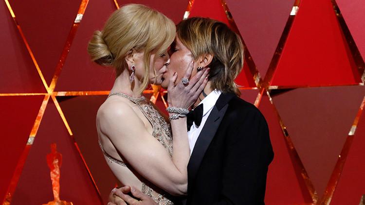 Nicole Kidman explica su manera tan extraña de aplaudir en los Oscar 2017 (Video)