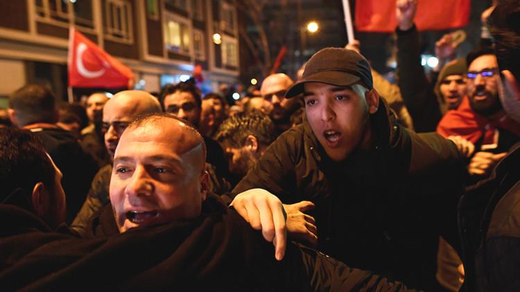 """Turquía afirma que """"pronto comenzarán guerras santas en Europa"""""""