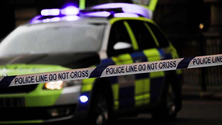 """Testigo de un crimen escalofriante: """"Le clavó un destornillador y se está comiendo su cara"""""""