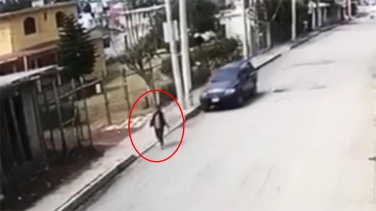 México: El calvario de una mujer para encontrar hospital después de ser atropellada (FUERTE VIDEO)