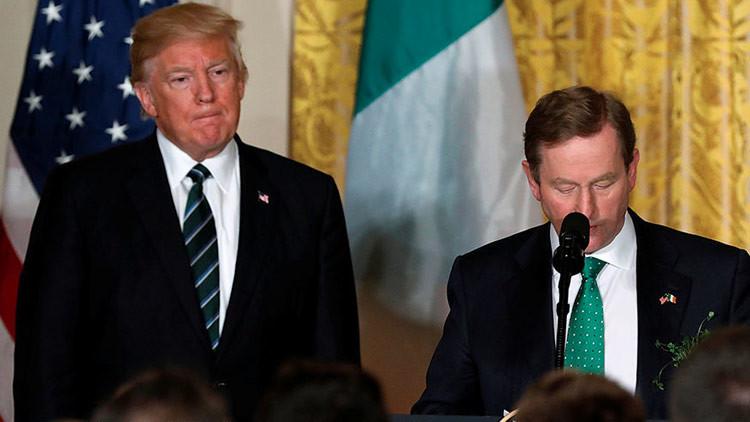 """Trump recita """"un proverbio irlandés"""" que realmente es un poema nigeriano (VIDEO)"""