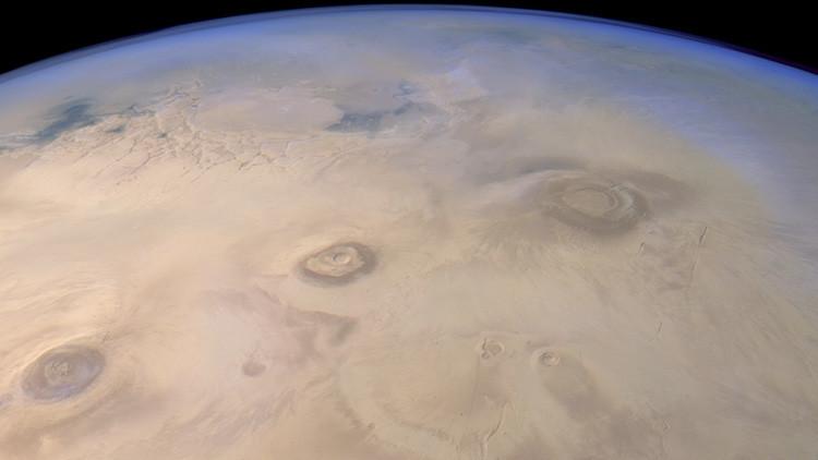 La NASA revela impresionante imagen de un valle marciano (foto)