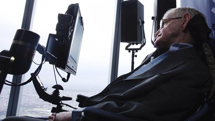 'Al infinito y más allá': Proponen volar al espacio a Stephen Hawking