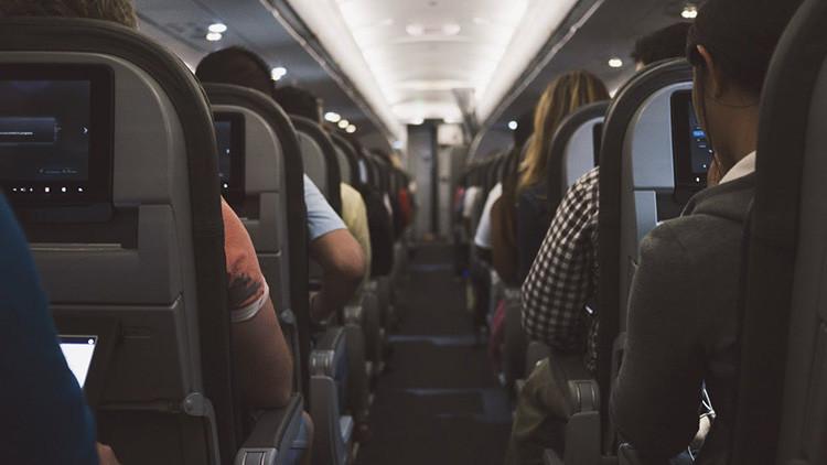 Washington vetará dispositivos electrónicos en vuelos con destino a EE.UU. de diez aerolíneas