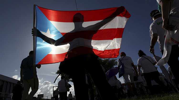 La deuda pública de Puerto Rico se desploma por el conflicto entre sus tenedores