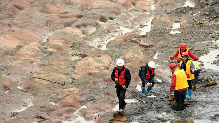 China: Hallan 10.000 objetos de oro y plata en un río (FOTOS)