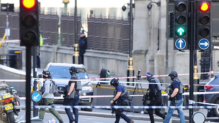 VIDEO: Qué sucedió cerca del Parlamento británico después de los ataques