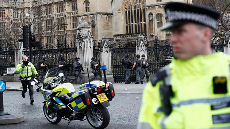 FUERTES IMÁGENES: Así se vivieron los primeros momentos tras el atentado en Londres