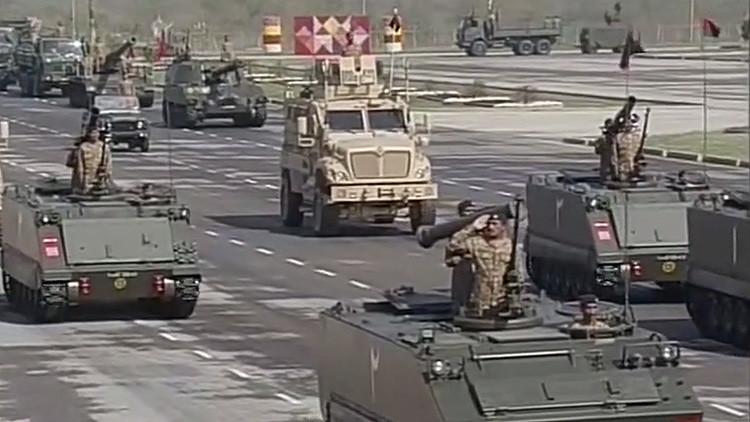 VIDEO: Pakistán expone armas con capacidad nuclear en su desfile militar