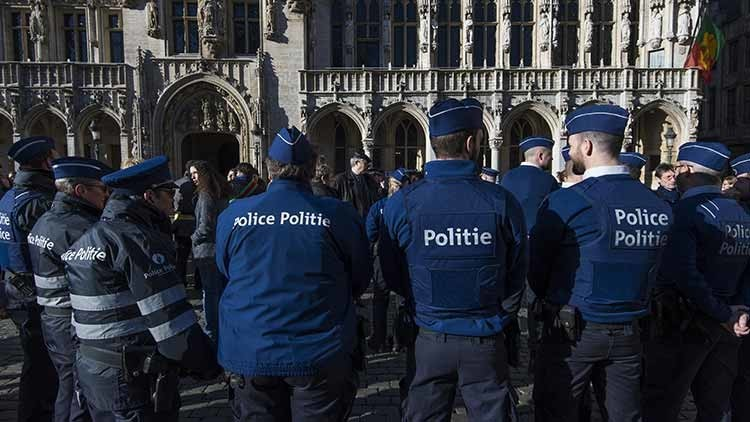 Bélgica: Un hombre intenta embestir a una multitud con su vehículo en Amberes