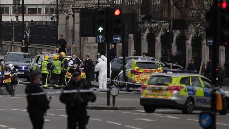 """Trump afirma que en el atentado en Londres murió """"un gran estadounidense"""""""