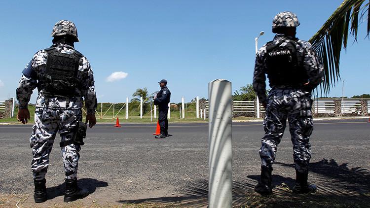 Como 'El Chapo' Guzmán: Al menos 29 presos escapan de una cárcel mexicana por un túnel de 40 metros