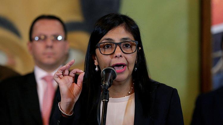 """Canciller venezolana califica de """"insólitas y serviles"""" las declaraciones de su par mexicano"""