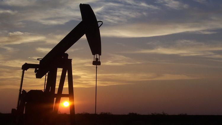 Petróleo: el jugoso nuevo negocio de Los Zetas en México