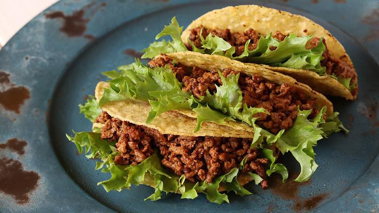 """FUERTE FOTO: """"Dientes"""" aparecidos en tacos de un restaurante mexicano causan revuelo en Internet"""