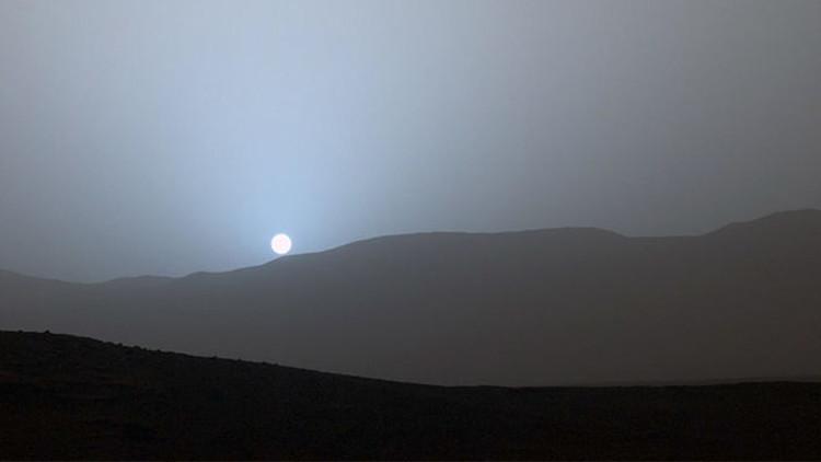 VIDEO: Captan las primeras imágenes de nubes marcianas en forma de onda de gravedad