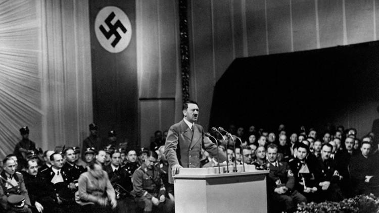 """Kennedy, en su diario: """"No hay evidencia completa de que el cuerpo que se encontró fuera de Hitler"""""""