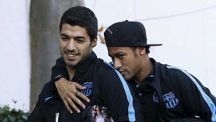 El mundo deportivo habla de esta foto de Neymar y Suárez (y no por lo primero que salta a la vista)