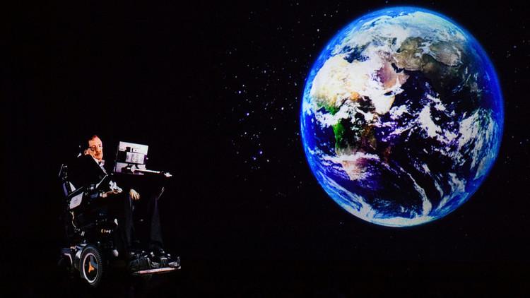 El holograma de Stephen Hawking da una conferencia en Hong Kong
