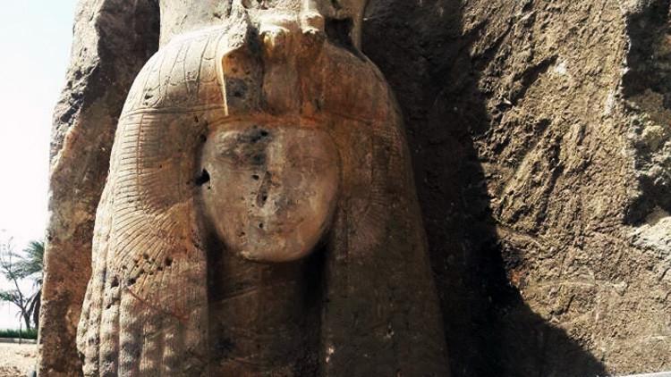 """""""Hermosa y única"""": Hallan en Egipto una estatua de la abuela de Tutankamón (FOTOS)"""